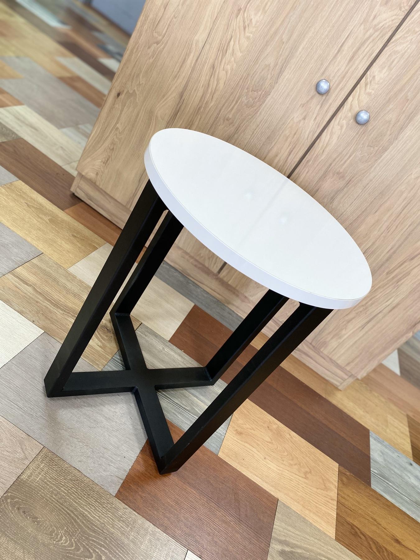 zhurnalny stol stily loft