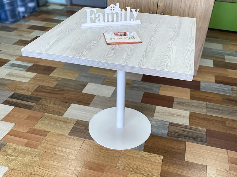 stol obedenny
